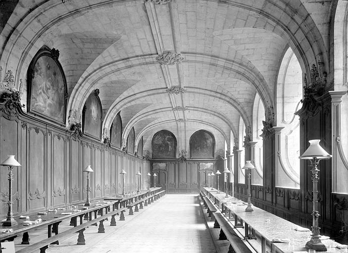 Abbaye aux Hommes (ancienne) Grand réfectoire : Vue intérieure, vers l'est, Durand, Jean-Eugène (photographe),