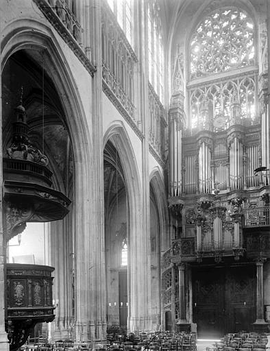 Eglise Saint-Maclou Premières travées de la nef, orgues, Enlart, Camille (historien),