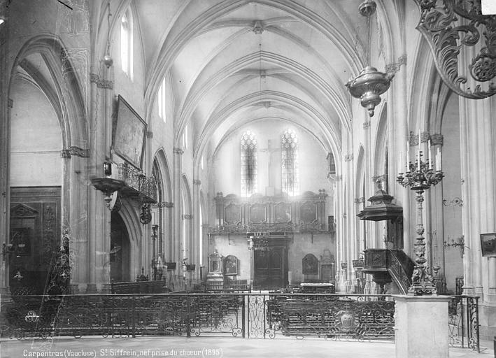 Eglise Saint-Siffrein Nef, vue de l'entrée, Mieusement, Médéric (photographe),