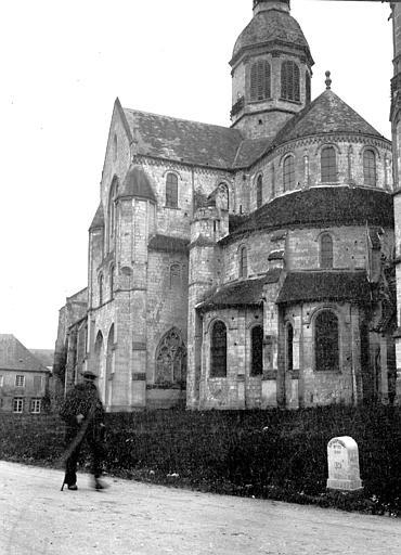 Eglise abbatiale Clocher et abside, Chaine, Henri (architecte),