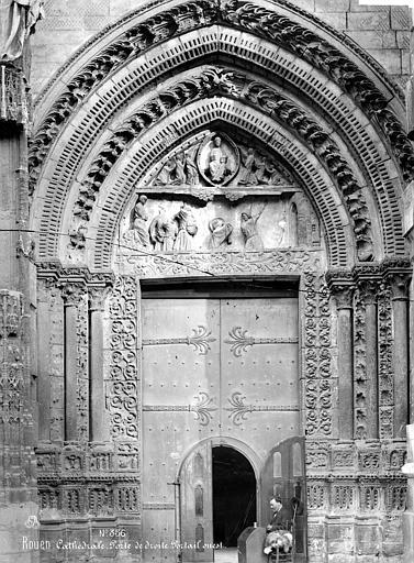 Cathédrale Notre-Dame Portail sud de la façade ouest, Mieusement, Médéric (photographe),