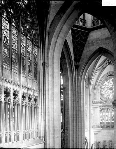 Cathédrale Notre-Dame Fenêtres et partie haute de la croisée du transept, Enlart, Camille (historien),