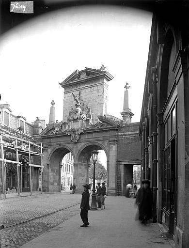 Porte Saint-Nicolas Revers, Louzier (photographe),