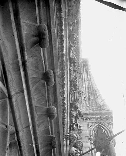 Cathédrale Notre-Dame Portail ouest, rose, voussure droite, Lajoie, Abel,