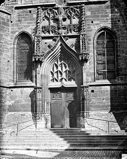 Eglise Saint-Michel Portail de la façade sud, Delaunay (photographe),