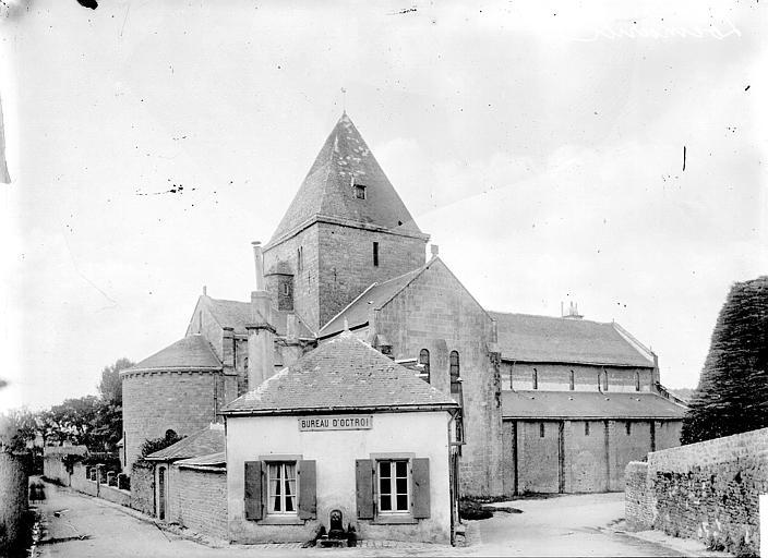 Eglise de Locmaria Ensemble nord, Enlart, Camille (historien),