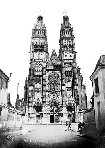 Cathédrale Saint-Gatien Façade ouest, Mestral ; Le Gray, Gustave (photographe),
