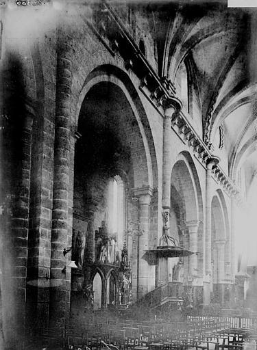 Cathédrale Saint-Martin Nef: travées, Enlart, Camille (historien),