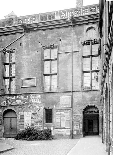 Palais des Ducs et des Etats de Bourgogne (ancien) Fenêtre au nord, Durand, Eugène (photographe),