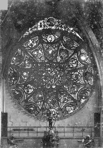 Cathédrale Notre-Dame Vitrail, rose du transept nord, Sainsaulieu, Max (photographe),
