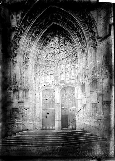 Cathédrale Saint-Pierre Transept nord: portail, Enlart, Camille (historien),