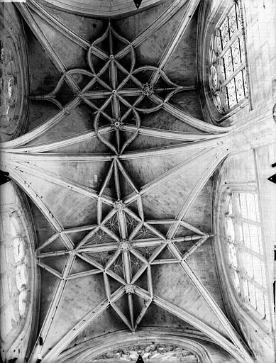Eglise Saint-Gervais-Saint-Protais Bras nord du transept, voûtes, Gossin (photographe),