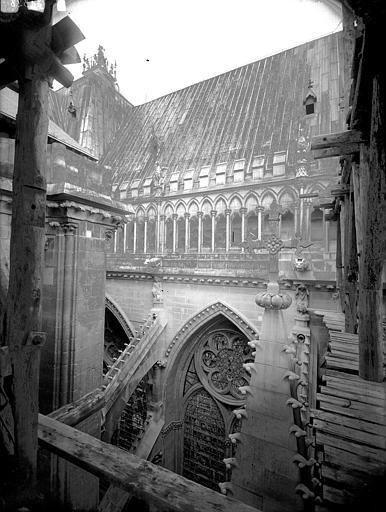 Cathédrale Notre-Dame Galerie de l'abside, au sud, Lajoie, Abel,