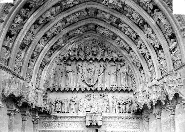 Cathédrale Saint-Etienne Deuxième portail de la façade ouest : tympan, Doucet ; Baudet (photographe),