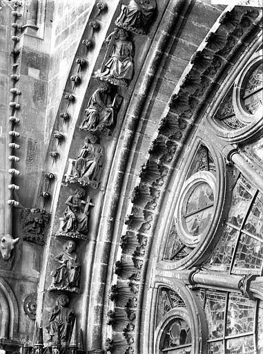 Cathédrale Notre-Dame Rose sud, partie inférieure, à gauche, Lajoie, Abel,