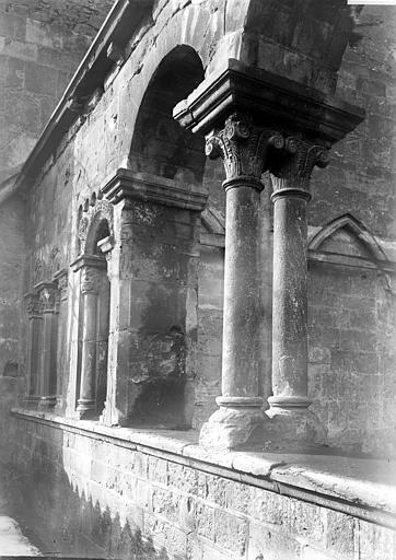 Eglise Détail de la galerie, Enlart, Camille (historien),