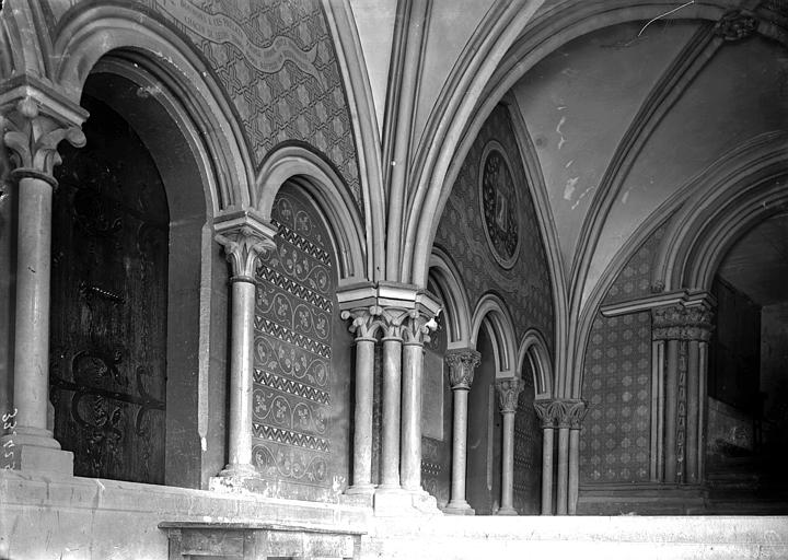 Cathédrale Saint-Jean et Saint-Etienne Passage conduisant à l'évêché, Enlart, Camille (historien),