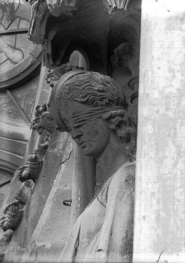 Cathédrale Notre-Dame Buste de La Synagogue, Lajoie, Abel,