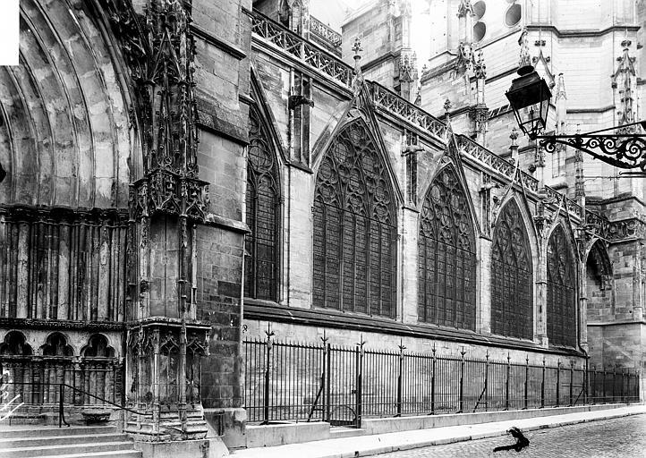 Cathédrale Saint-Pierre et Saint-Paul Façade nord: partie, Enlart, Camille (historien),