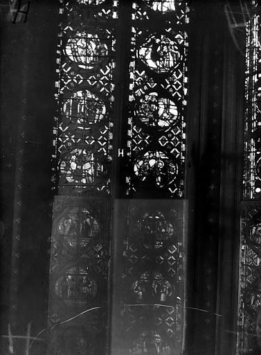 Cathédrale Notre-Dame Chapelles du choeur, vitrail H', Gaudin,