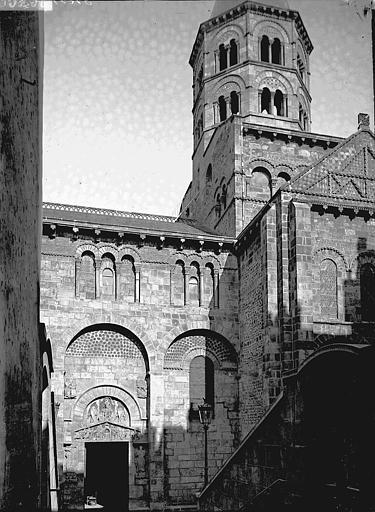Eglise Notre-Dame-du-Port Transept et clocher, au sud, Enlart, Camille (historien),