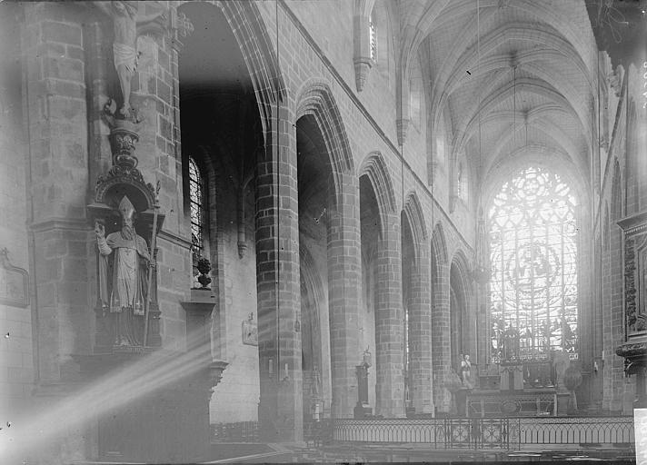 Eglise Saint-Aubin (ancienne collégiale) Nef vue de l'entrée, Enlart, Camille (historien),