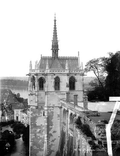 Château Chapelle Saint-Hubert : vue d'ensemble avec soubassement, Mieusement, Médéric (photographe),