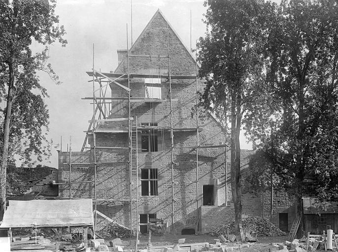 Château Tour Raoul : pignon sur la cour, Durand, Jean-Eugène (photographe),