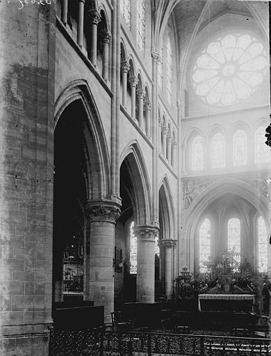 Eglise Saint-Gervais-Saint-Protais Nef vue de l'entrée, Enlart, Camille (historien),
