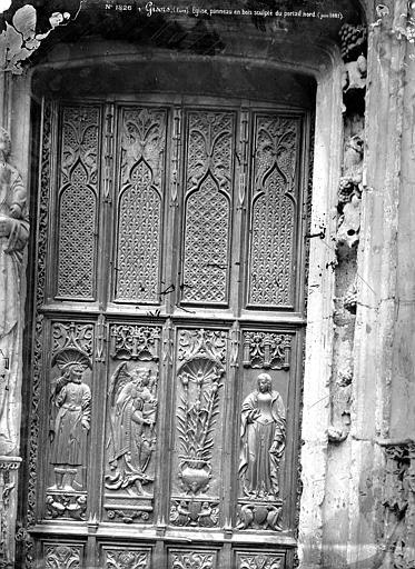 Eglise Saint-Gervais-Saint-Protais Portail de la façade ouest : Boiserie de la porte, Mieusement, Médéric (photographe),