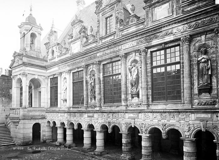 Hôtel de Ville Cour intérieure : Façade, Mieusement, Médéric (photographe),