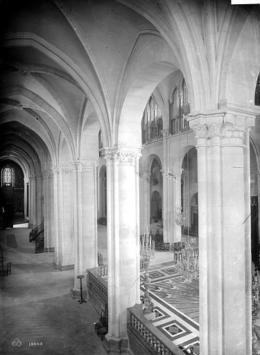 Cathédrale Saint-Jean et Saint-Etienne Vue intérieure du bas-côté nord, vers l'est, Mieusement, Médéric (photographe),