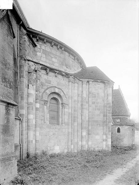 Eglise Abside au nord, Heuzé, Henri (photographe),