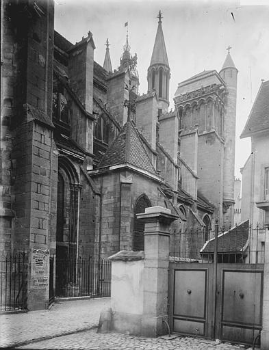 Eglise Notre-Dame Façade nord: partie, Enlart, Camille (historien),