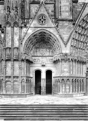 Cathédrale Saint-Etienne Deuxième portail de la façade ouest : porte de la Vierge, Doucet ; Baudet (photographe),