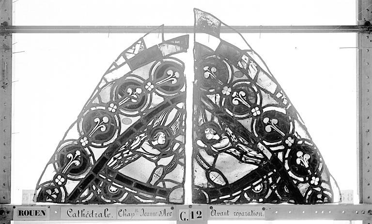 Cathédrale Vitrail, Chapelle Jeanne d'Arc, la Vierge et l'Enfant, saint jean, baie 36, premier panneau, en haut, Heuzé, Henri (photographe),