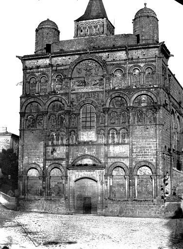 Cathédrale Saint-Pierre Façade ouest, Le Gray, Gustave ; Mestral, Auguste (photographe),