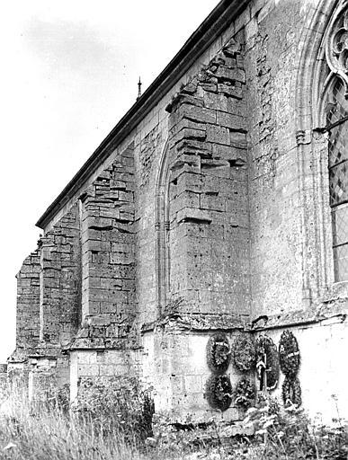 Eglise Contreforts : partie latérale, Chaine, Henri (architecte),