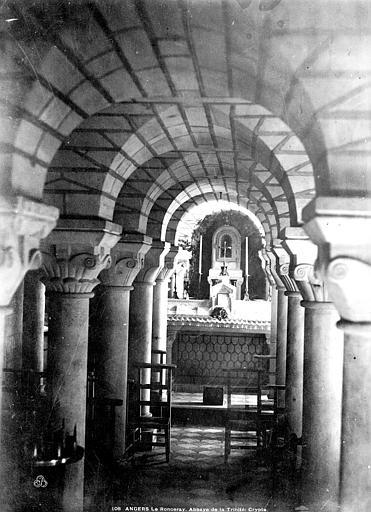 Eglise de la Trinité Crypte de Ronceray, Carlier (photographe),