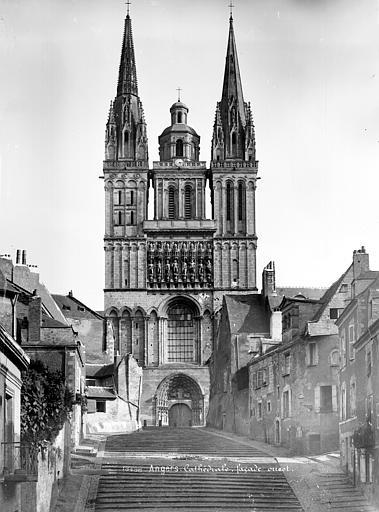Cathédrale Saint-Maurice Façade ouest, Mieusement, Médéric (photographe),