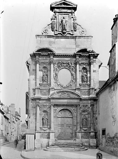 Chapelle des Carmélites (ancienne) Façade ouest, Gossin (photographe),