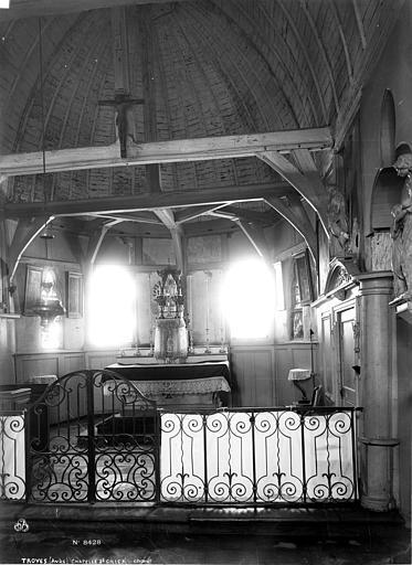 Chapelle Saint-Gilles Choeur, Robert, Paul (photographe),