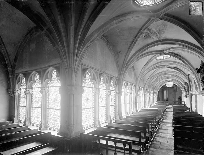 Cloître capitulaire de Saint-Vincent (ancien) Vue intérieure des galeries sud et est, Heuzé, Henri (photographe),