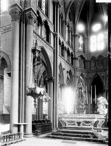 Eglise Notre-Dame-du-Marthuret Choeur, Enlart, Camille (historien),