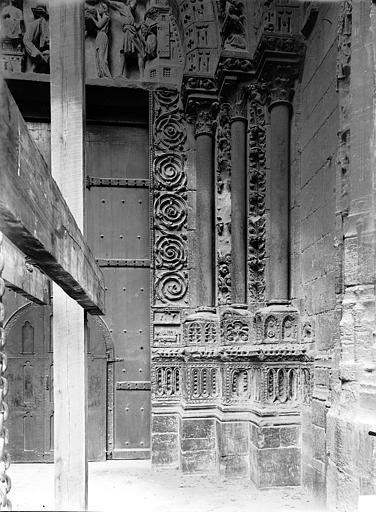 Cathédrale Notre-Dame Portail nord de la façade ouest : Ebrasement droit, Durand, Jean-Eugène (photographe),
