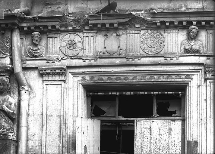 Maison natale de Jean-Baptiste de la Salle Linteau, Verneau, G.,
