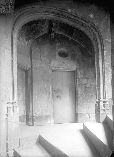 Hôtel d'Albiat ou Maison des Centaures Vue intérieure de la tourelle d'escalier, Jarron (photographe),