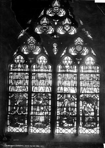 Cathédrale Saint-Etienne Vitrail du bas-côté nord dit vitrail des Trousseau : Donateurs et patrons, Mieusement, Médéric (photographe),