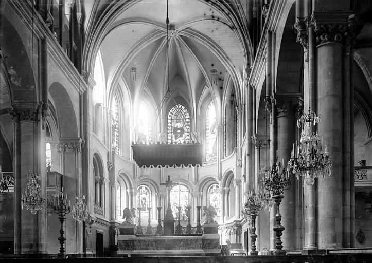 Cathédrale Saint-Jean et Saint-Etienne Choeur, Enlart, Camille (historien),