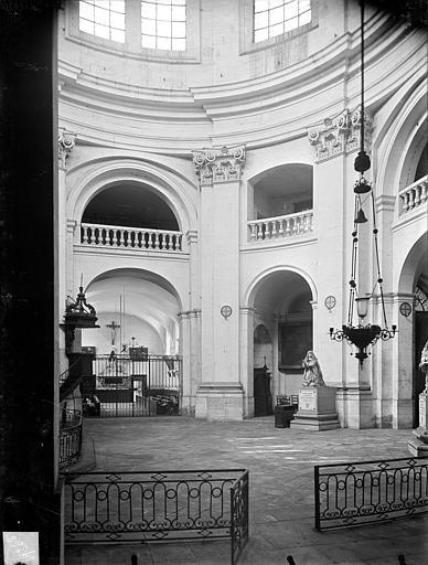 Hospice Sainte-Anne (ancien) Chapelle Sainte-Anne : Vue intérieure de la rotonde, Gossin (photographe),